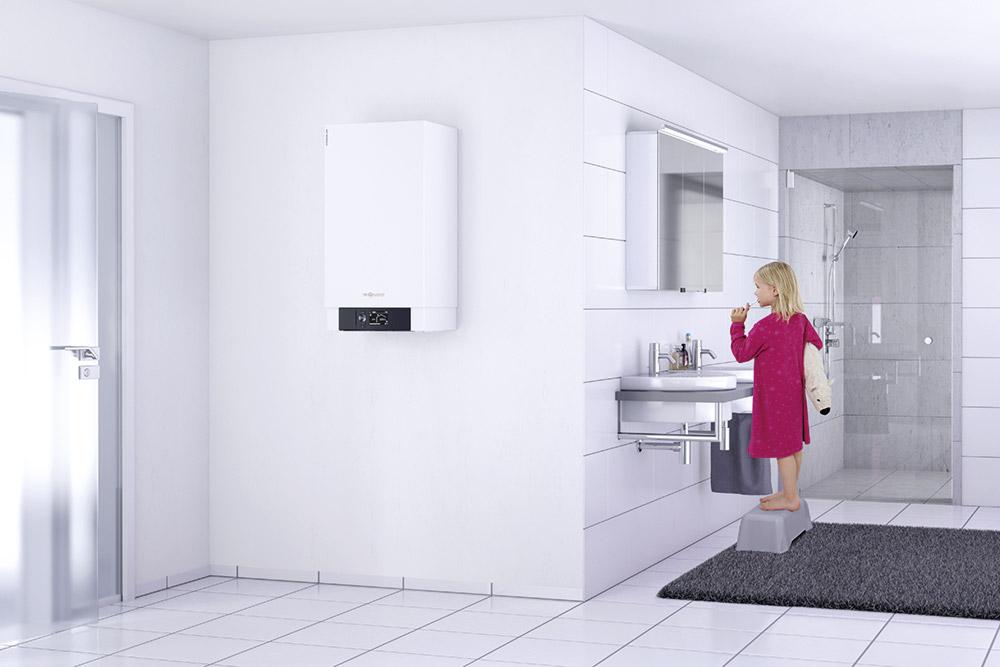 Gas-Brennwertkessel im Badezimmer